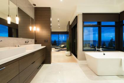 En-suite at 4112 Burkehill Road, Bayridge, West Vancouver
