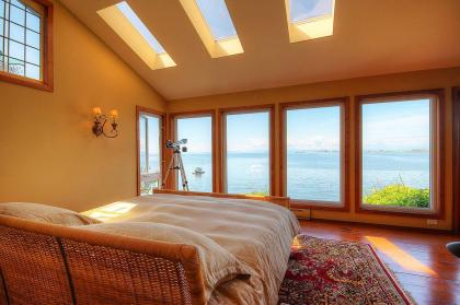 at 940 Tsawwassen Beach Road, English Bluff, Tsawwassen