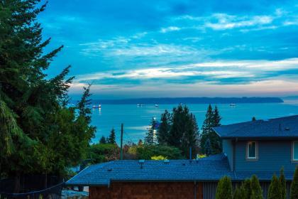at 4156 Burkehill Road, Bayridge, West Vancouver
