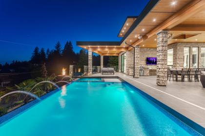 at 3325 Craigend Road, West Bay, West Vancouver