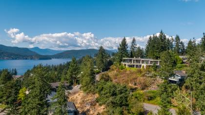 at 5930 Condor Place, Eagleridge, West Vancouver