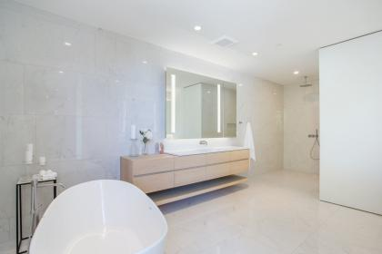 at 7270 Arbutus, Whytecliff, West Vancouver